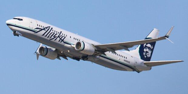 Flughafen-Mitarbeiter stiehlt Flugzeug und stürzt ab