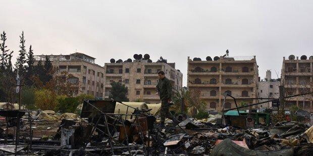 Syriens Regime nimmt Luftschläge auf Ost-Aleppo wieder auf