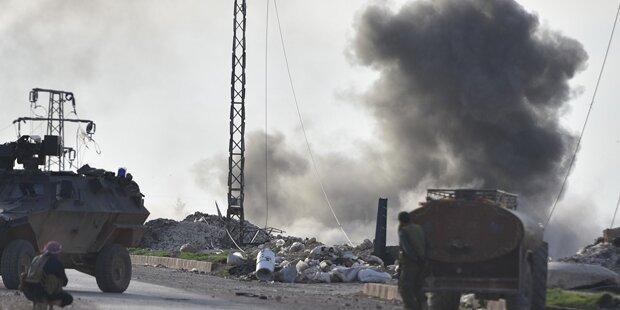 Luftangriff auf Moschee: Mehr als 40 Tote