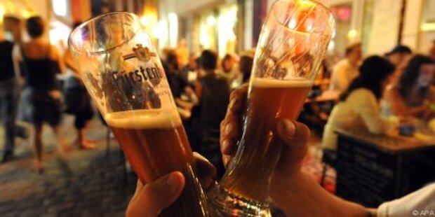 Lange Arbeitszeiten verleiten zum Trinken
