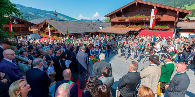 "Türkise Kritik an ""Linksruck im Forum Alpbach"" & Fischler"