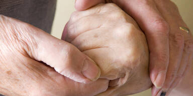 Altes Ehepaar Hände