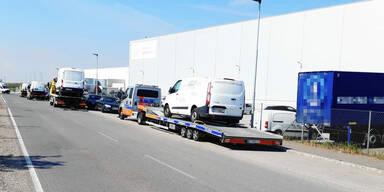 Schlag gegen Amazon: 26 Paket-Autos beschlagnahmt