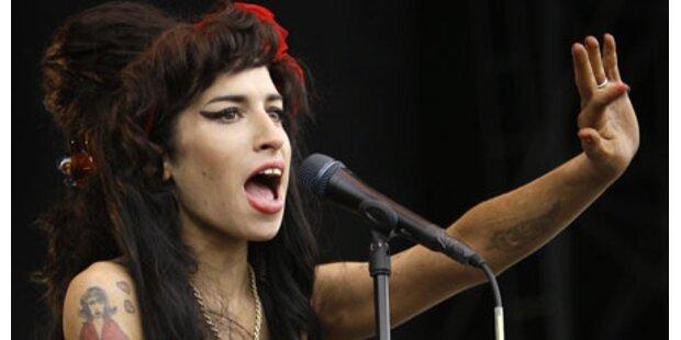 Amy Winehouse will heim nach England