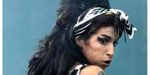 Amy Winehouse zieht es aufs Land