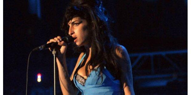 Amy Winehouse: Peinlicher Auftritt