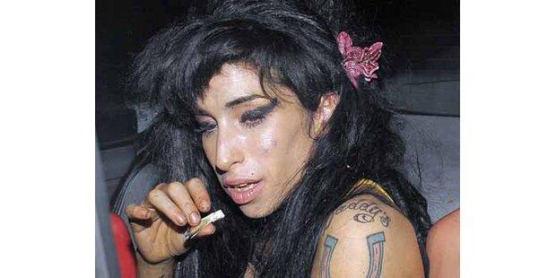 Amy Winehouse will Drogenabhängigen helfen