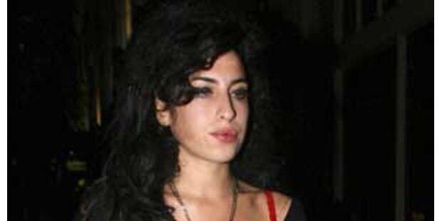 Amy Winehouse beste Sängerin trotz Drogeneklats
