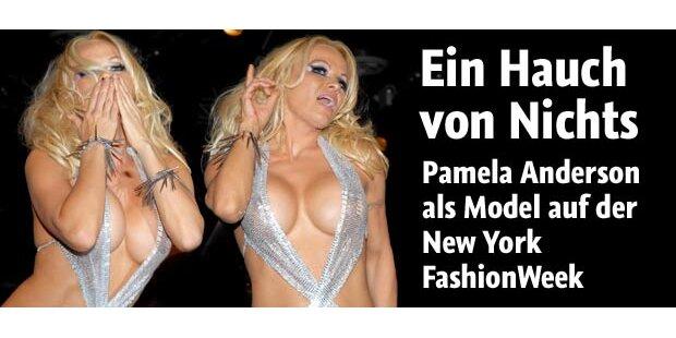 Pam Anderson: Sexy Badenixe ist zurück!