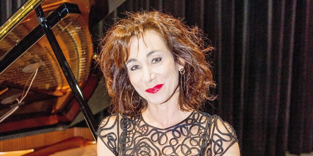 Andrea Eckert startet Raimund-Festspiele