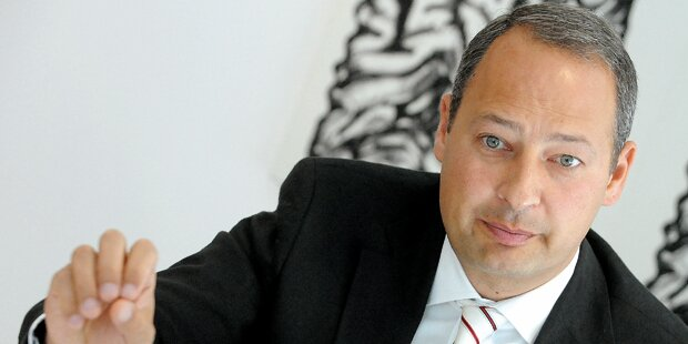 12-Stunden-Tag: SPÖ schimpft Strache