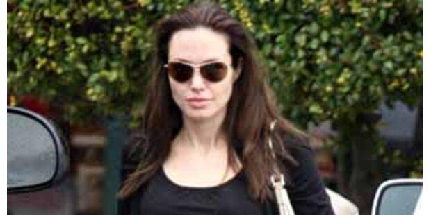 Angelina Jolie drohen Komplikationen bei Geburt