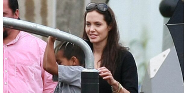 Angelina Jolie kontrolliert die Medien