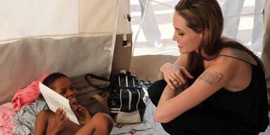 Jolie auf Hilfstour für Haiti