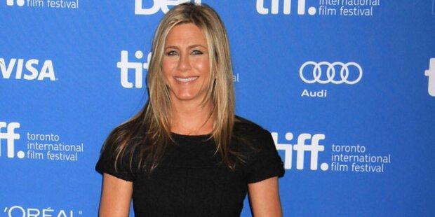 Aniston: Strahlen gegen Liebeskrise