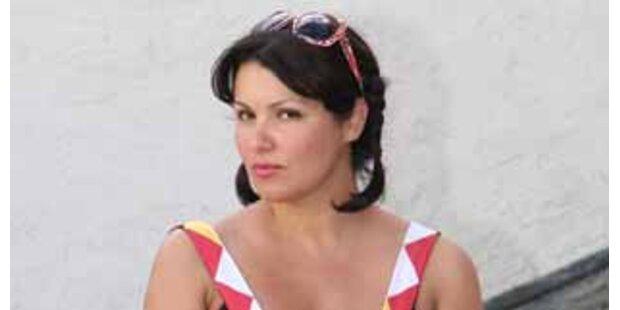 Bei Anna Netrebko herrscht ab jetzt Babyalarm