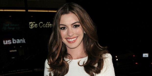 Oscar-Star Anne Hathaway nackt