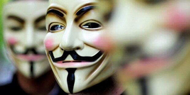 24.938 Polizisten im Internet enttarnt