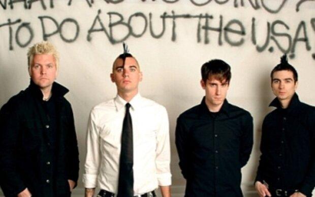 Anti-Flag in den Katakomben des Sportclub-Platzes