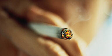 Raucher Zigarette
