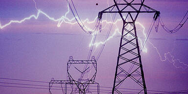 Blitz Starkstrom Stromleitung Hochspannungsleitung