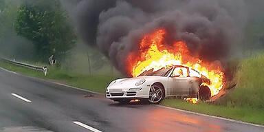Elektro-Porsche brannte bei Testfahrt aus