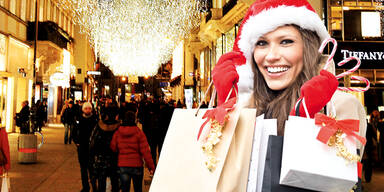 Weihnachten Shopping Kaufrausch Symbolfoto