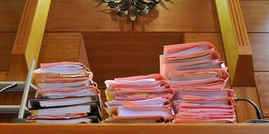 Gericht Akten Verfahren Justiz Österreich