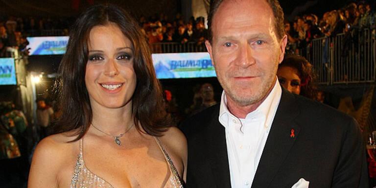 Schlaff: Millionen-Hochzeit mit Superstars