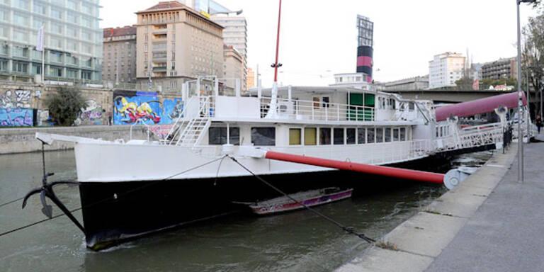 Schwedenplatz: Wilde Prügelei auf Partyschiff