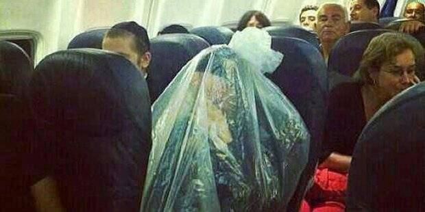 Orthodoxer Jude reist in Plastiksackerl
