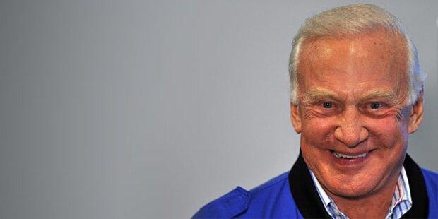 Buzz Aldrin: USA müssen Mars besiedeln