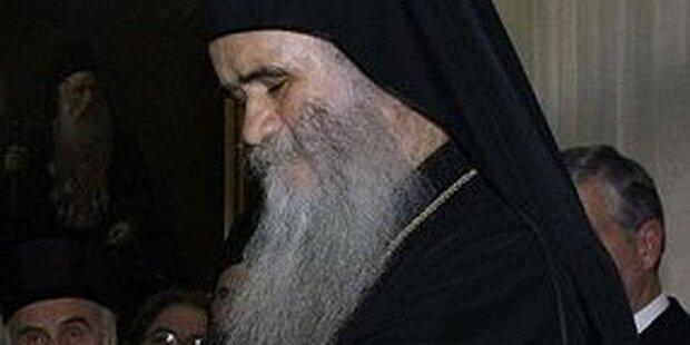 Bischöfe drohen Regierung mit dem Tod