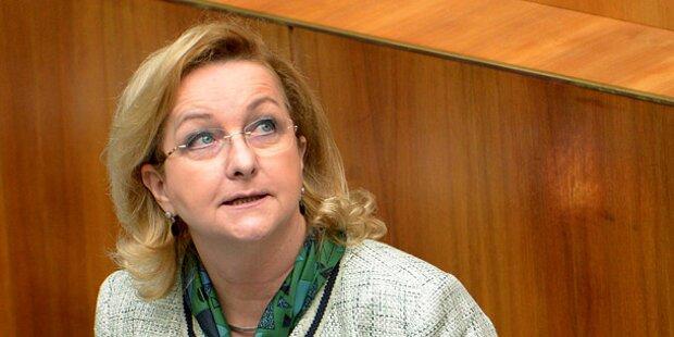 Ex-Finanzministerin Fekter verletzt