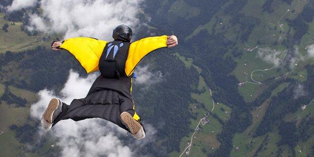 Skydiver stürzt 700 Meter in den Tod