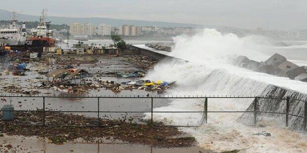 Zyklon Phailin verwüstet Indiens Küste
