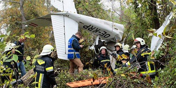 Flugzeug-Crash wegen dichtem Nebel?