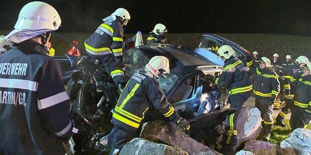 Ein Schwerverletzter bei Crash im Ennstal