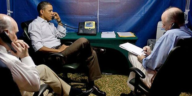 Obama telefoniert in Anti-Spionage-Zelt