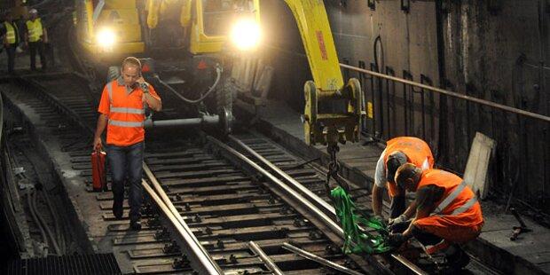 Arbeiter auf U-Bahn-Baustelle verschüttet