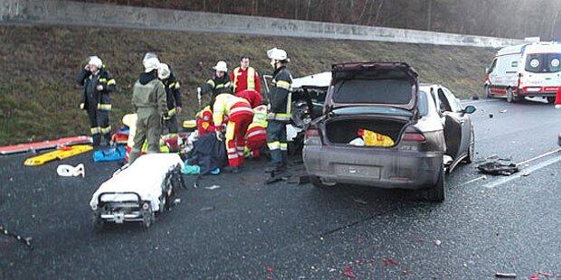 A21: Massen-Crash mit Schwerverletzten