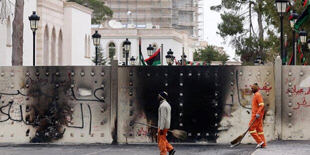 Bewaffnete stürmen libysches Parlament