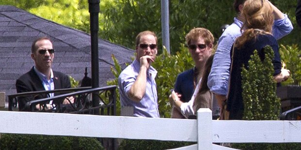 William und Harry besuchten Elvis-Anwesen