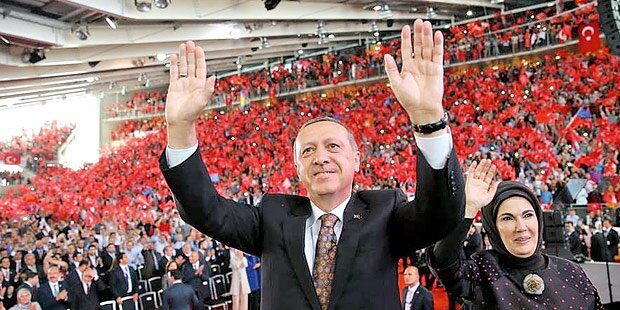 Türken: Tiefe Gräben nach Erdogan-Rede