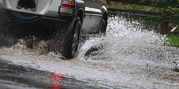 Unwetter: Zahlreiche Keller überflutet