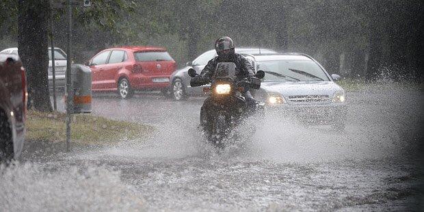 Unwetter: Starkregen in Wien & NÖ