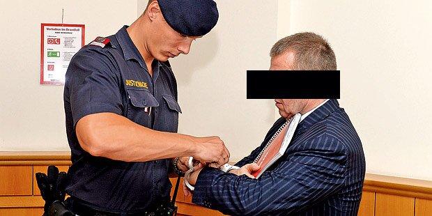 Drogen-Prozess: Ex-Banker dealte mit Kokain