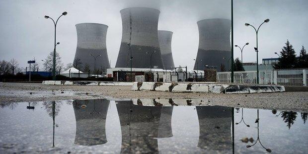 Erneut Drohnen über Atomkraftwerken geortet