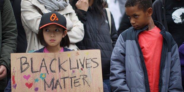 Wieder Schwarzer von US-Polizist erschossen