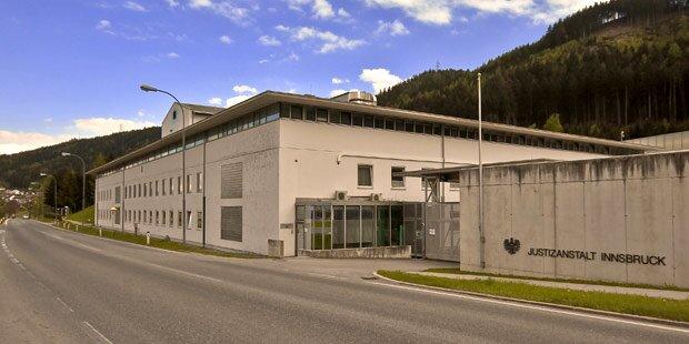 Innsbruck: Gefängnisausbruch mit Geiselnahme verhindert